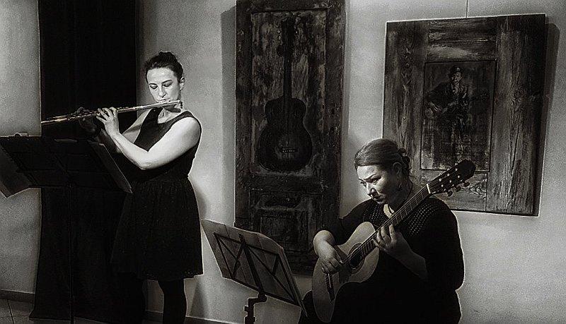 Концерт с Николета Хайтова – флейта и Силвана Тошкова – китара