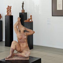 Прочити - изложба със скулптури на Васка Емануилова